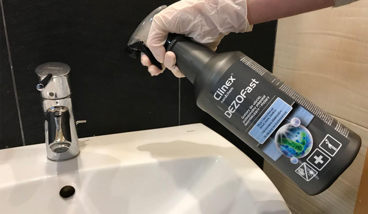 Dezynfekcja w toalecie - Clinex DEZOFast