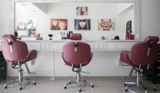 4 obszary dezynfekcji w zakładach fryzjerskich